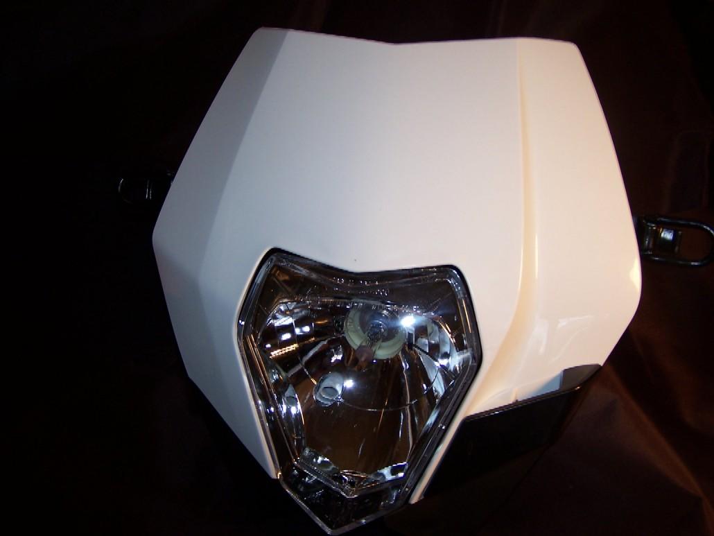 Ut Rirsxcjaxxagofbx furthermore Xg Speedo also Motoplat also D Er N Knock Off Lsl Urban Headlight W Hid Projector Retrofit Dsc furthermore . on motorcycle wiring